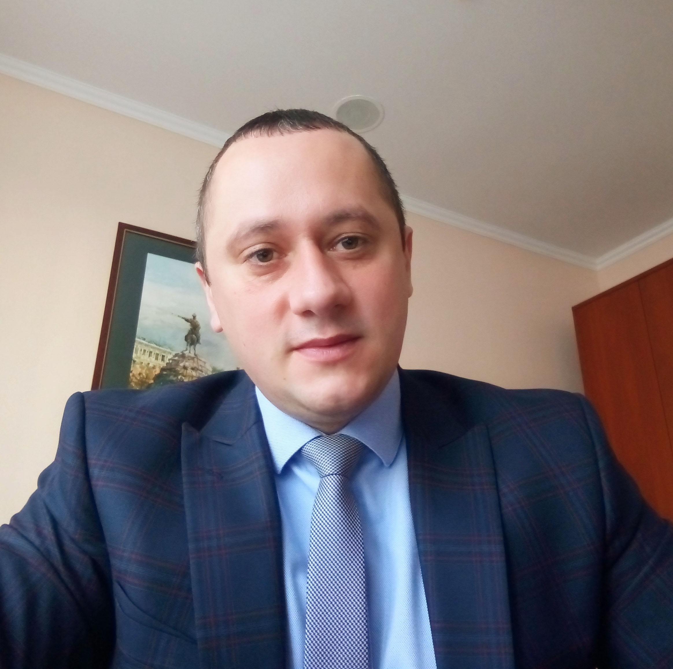 БРАТАЩУК Андрій Миколайович